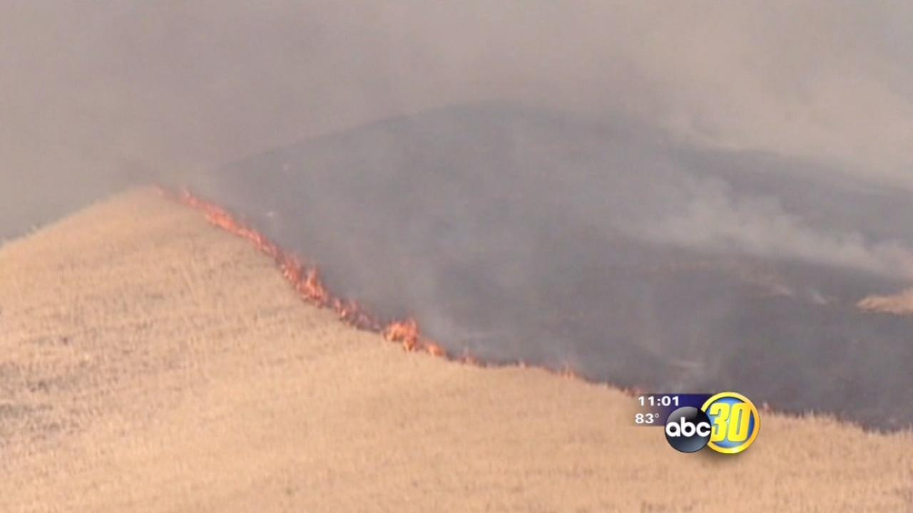 """Water Fire"" burning near I5 on the Grapevine"