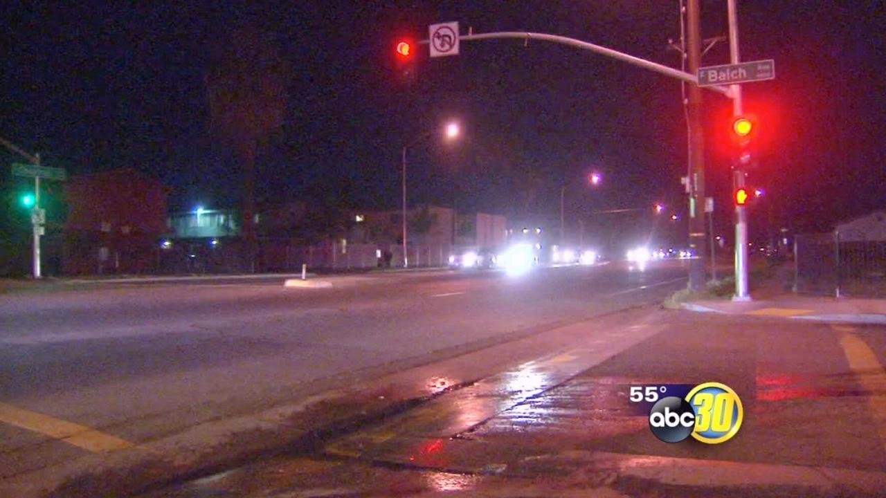 Elderly man fatally struck by car in SE Fresno