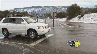 Foothill and mountain communities wake up to snow