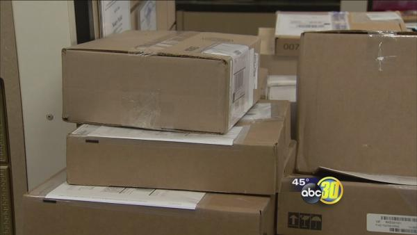 Valley thieves steal packages from front doors