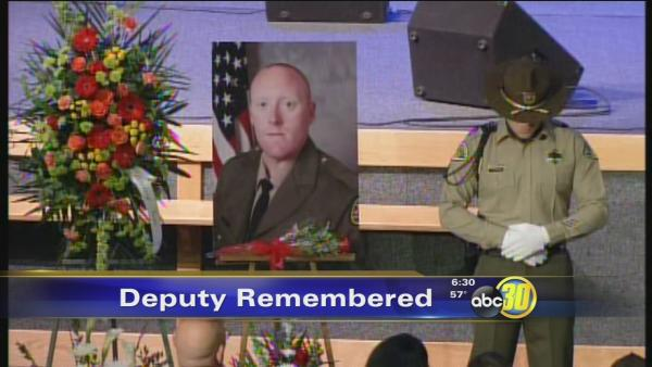 Hundreds gather to remember Deputy Jeremy Meyst
