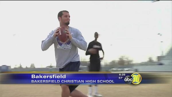 Ex-Bulldog Derek Carr Training In Bakersfield