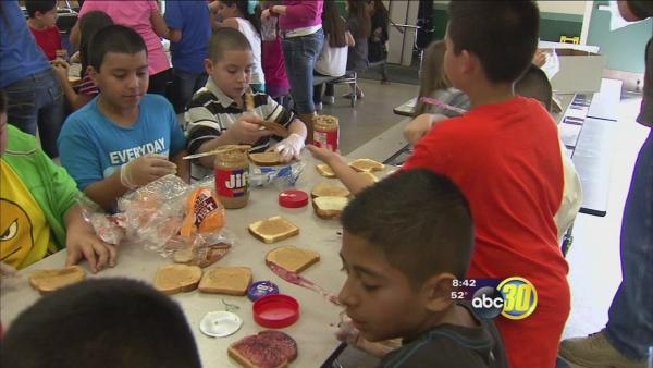 Sanger students make lunches for less fortunate