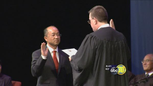 Merced County swears in nation's 1st Hmong judge