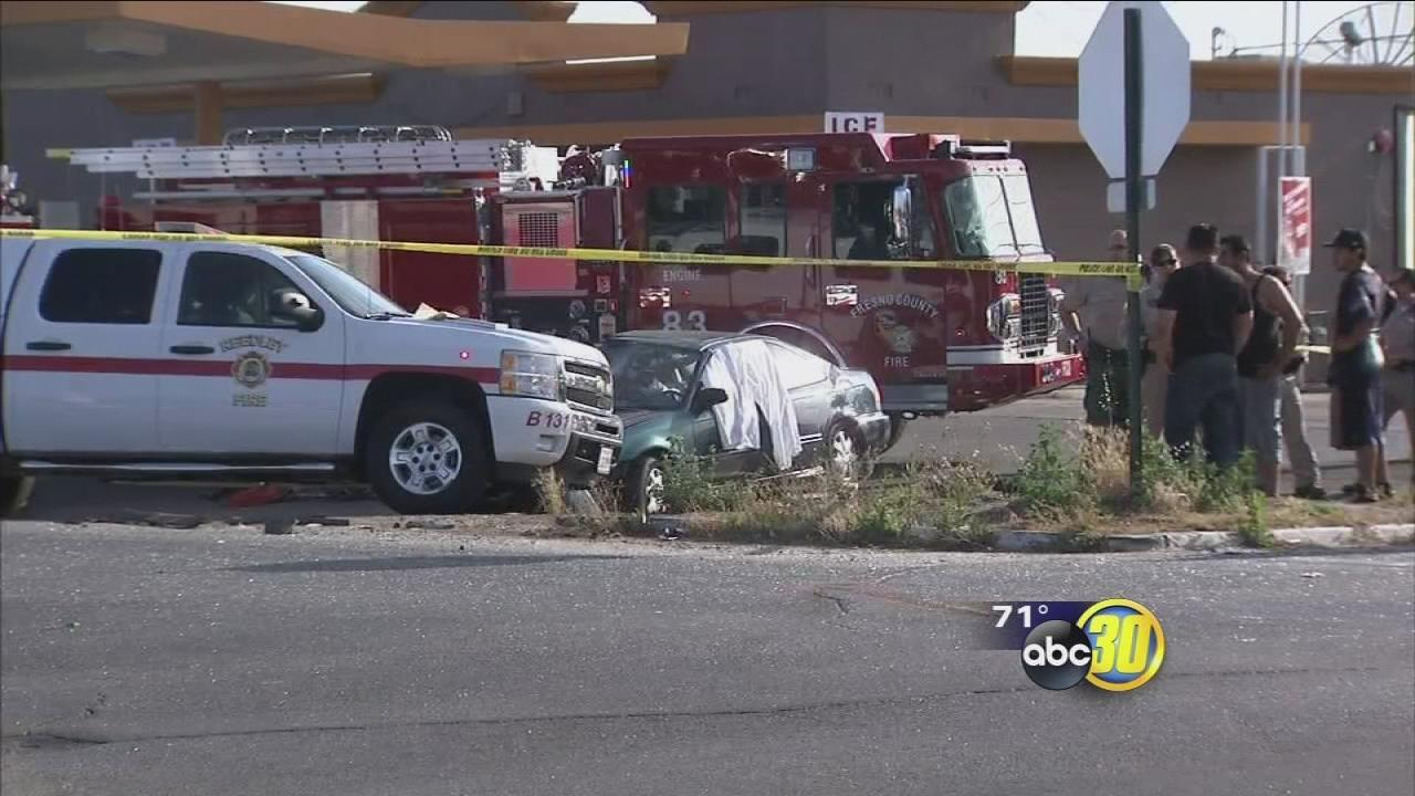 Young boy killed in car crash near Reedley