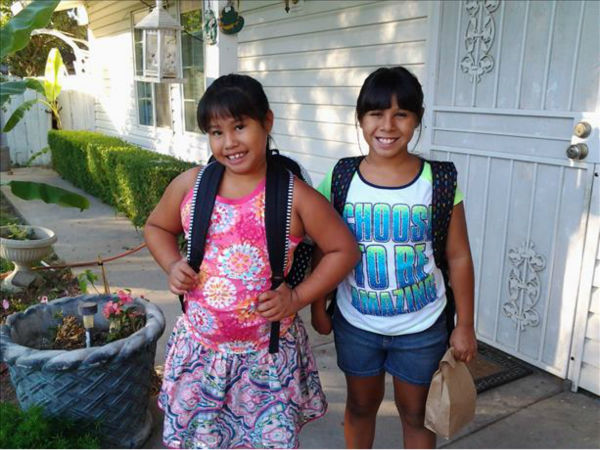 "<div class=""meta ""><span class=""caption-text "">Julianna starting 4th grade and Lillian starting 2nd grade (KFSN Photo/ ???7?:?J????ñ\b?: VDáG)</span></div>"