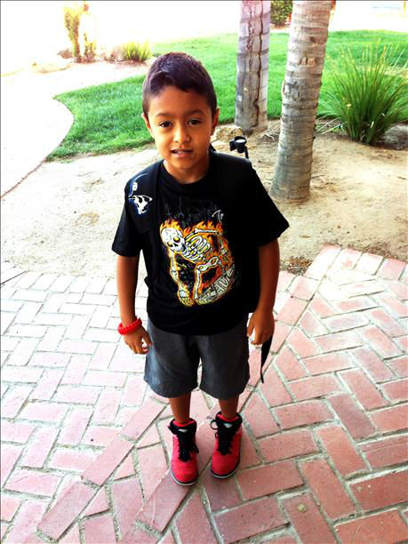 Adrian heading out for his first day of 2nd day. <span class=meta>(KFSN Photo&#47; uReport)</span>