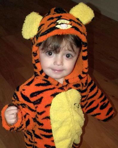 "<div class=""meta ""><span class=""caption-text "">Bryce as Tigger</span></div>"
