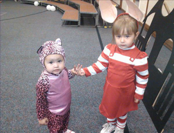 Kaia the Leopard and Dallas as Olivia <span class=meta>(KFSN Photo&#47; uReport.abc30.com)</span>