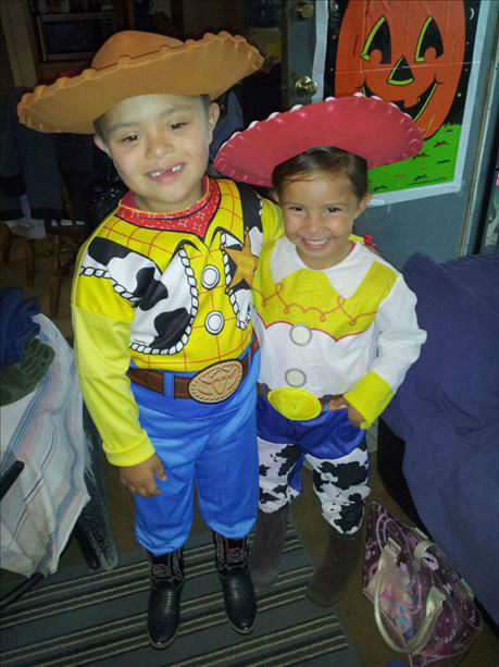 Fernando as Woody and Angelina as Jessie <span class=meta>(KFSN Photo&#47; uReport.abc30.com)</span>