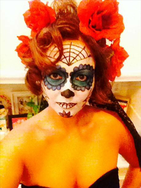 "<div class=""meta ""><span class=""caption-text "">Halloween Costume! Dia de los muertos sugar skull (KFSN Photo/ uReport)</span></div>"