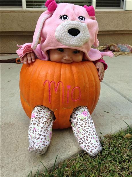 "<div class=""meta ""><span class=""caption-text "">Baby in pumpkin! Baby Aubrey (KFSN Photo/ uReport)</span></div>"