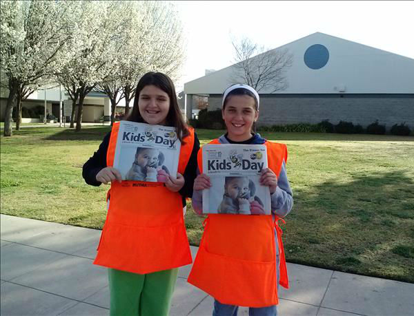 Lynsey and Julia of Cedarwood Elementary School <span class=meta>(KFSN Photo&#47; uReport - Leann Lopez)</span>