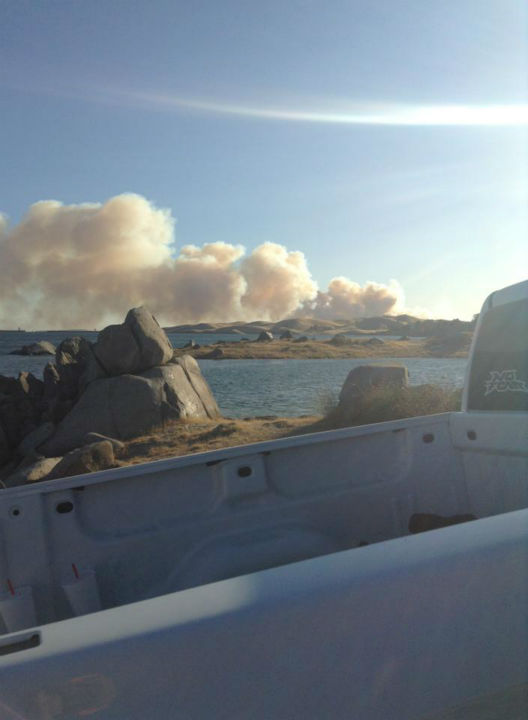 "<div class=""meta ""><span class=""caption-text "">Rolling Fire taken from the Madera side at Millerton Lake (KFSN Photo/ Facebook / Brittney Matter)</span></div>"