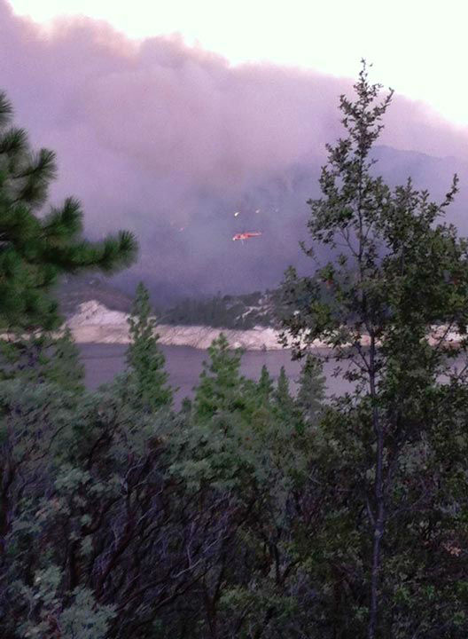 View of the Aspen Fire taken from Mammoth Pool Mammoth Pool Reservoir <span class=meta>(KFSN Photo&#47; Facebook &#47; Nikki Morris)</span>