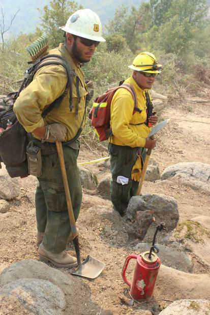 "<div class=""meta image-caption""><div class=""origin-logo origin-image ""><span></span></div><span class=""caption-text"">South Flank Holding Crews (KFSN Photo/ Mike McMillan - USFS)</span></div>"