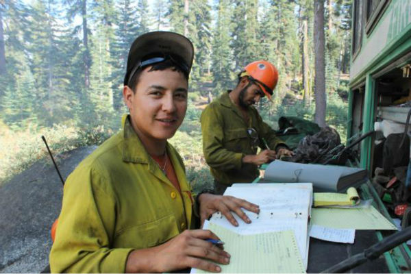 Horseshoe Meadows IHC Foreman and Paperwork <span class=meta>(KFSN Photo&#47; Mike McMillan - USFS)</span>