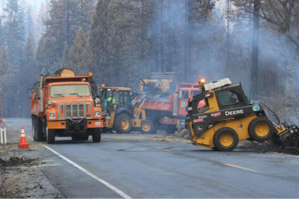 Caltrans Crews Clear Debris on Highway 120 <span class=meta>(KFSN Photo&#47; Mike McMillan - USFS)</span>