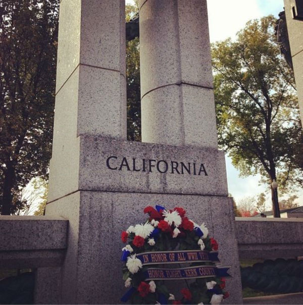 "<div class=""meta image-caption""><div class=""origin-logo origin-image ""><span></span></div><span class=""caption-text"">The California Pillar in the Pacific Theater section of World War II Memorial. The Kern County Honor Flight placed the wreath. (KFSN Photo/ Warren Armstrong)</span></div>"