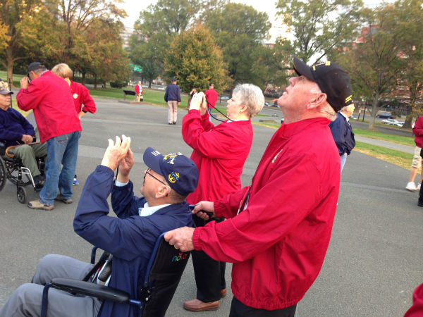 Valley Veterans at Iwo Jima Memorial <span class=meta>(Warren Armstrong)</span>