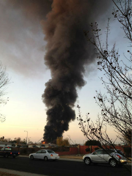 "<div class=""meta ""><span class=""caption-text "">Future Ford car dealership fire in Clovis -- All images were sent in by our viewers through uReport@kfsn.com and Facebook. (KFSN Photo)</span></div>"
