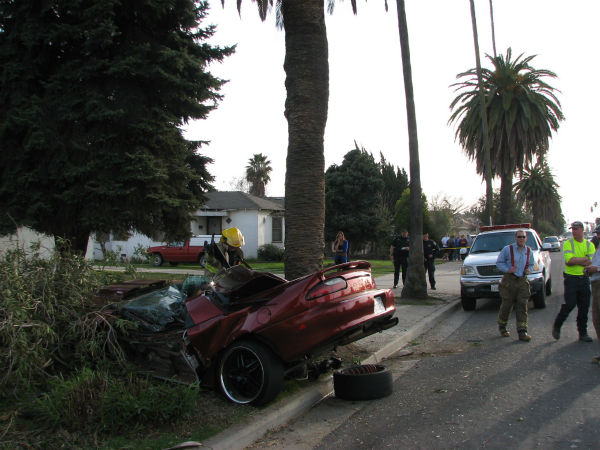 The teen&#39;s car hit speeds of up to 100 miles an hour until it slide off the road and hit a palm tree.  <span class=meta>(KFSN Photo&#47; ABC30)</span>