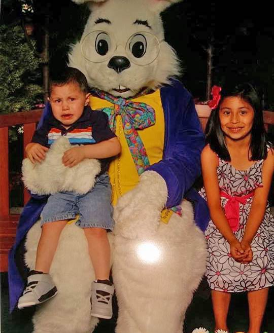 "<div class=""meta ""><span class=""caption-text "">Nikki Pena's children pose for a photo with the Easter Bunny. (Facebook / Nikki Pena)</span></div>"