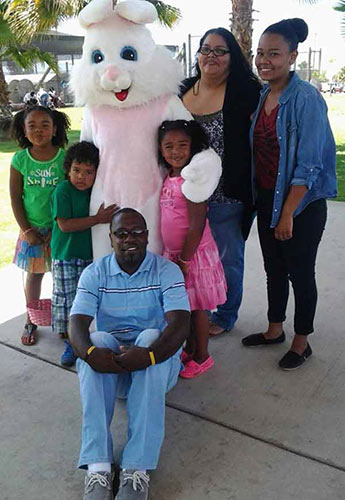 Happy Easter from the Singletary family! <span class=meta>(Facebook &#47; Desiree Singletary)</span>