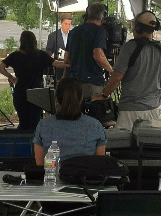 ABC News Anchor David Muir reporting from Colorado. <span class=meta>(KFSN Photo&#47; Rick Montanez)</span>