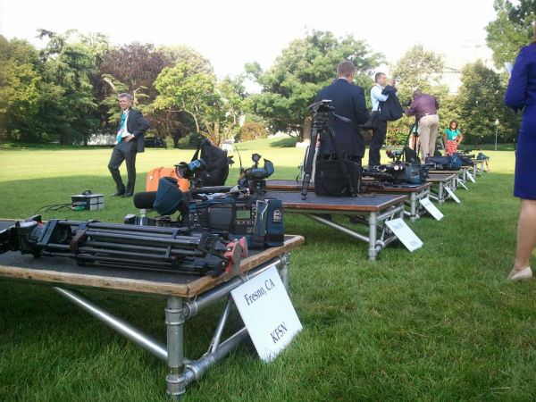 "<div class=""meta ""><span class=""caption-text "">Outdoor media setup at the White House for the day's event (KFSN Photo/ Marquese Brown)</span></div>"