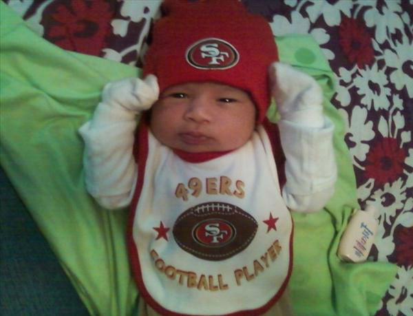 "<div class=""meta ""><span class=""caption-text "">Baby Victor Cisco, Only one week old and already a die hard niner fan :) (KFSN Photo/ uReport)</span></div>"