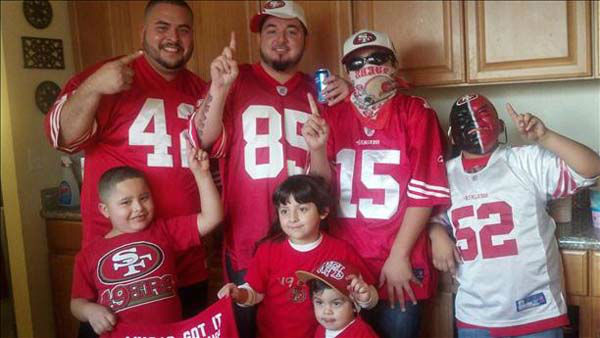 Go Niners! <span class=meta>(KFSN Photo&#47; uReport)</span>