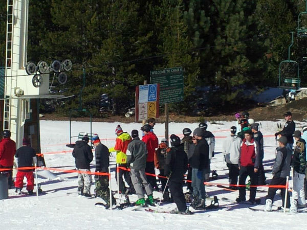 Skiers &amp; snowboarders line up for the chairlift at China Peak. <span class=meta>(KFSN Photo&#47; Linda Mumma)</span>