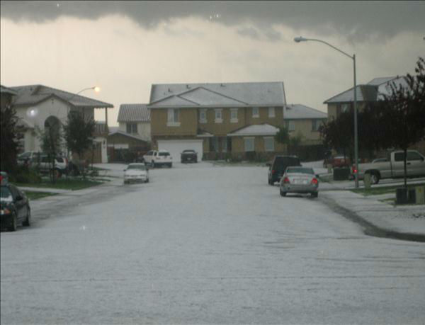 Hail in Atwater, CA <span class=meta>(KFSN Photo&#47; uReport)</span>
