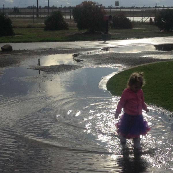 Here is my little one playing in the puddles in our drive way!! Lol it&#39;s a bit flooded! <span class=meta>(KFSN Photo&#47; Facebook &#47; Laura Ortiz-Smith)</span>