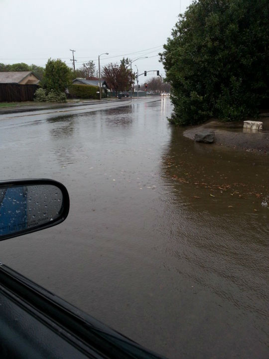 Flooding in Visalia <span class=meta>(KFSN Photo&#47; Facebook &#47; Stephanie Johnson)</span>