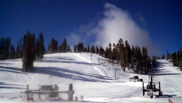 Badger Pass ski resort in Yosemite National Park with a new coat of fresh snow. <span class=meta>(KFSN Photo)</span>