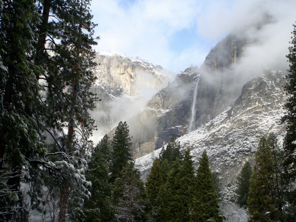 Yosemite Falls with a dusting of snow <span class=meta>(KFSN Photo)</span>