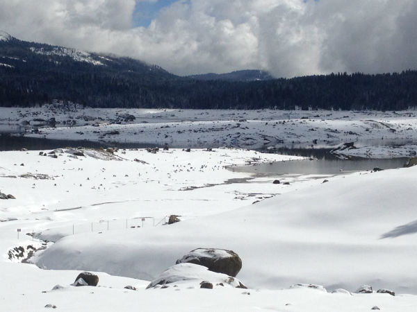 "<div class=""meta image-caption""><div class=""origin-logo origin-image ""><span></span></div><span class=""caption-text"">Snow at Shaver Lake -- which is still being filled after it was drained late last year. (KFSN Photo)</span></div>"
