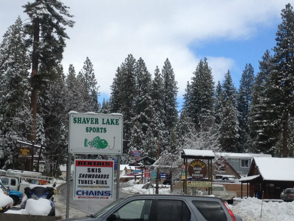 The town of Shaver Lake with fresh snow. <span class=meta>(KFSN Photo)</span>