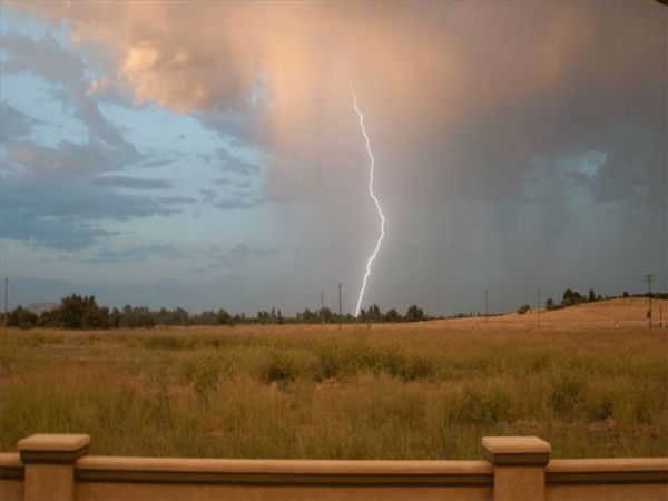 "<div class=""meta ""><span class=""caption-text "">Around 07:00 hrs this morning 08/19/13 North of Reedley and south of Hwy 180 we had a show of lighting. (KFSN Photo/ uReport / Johnson)</span></div>"