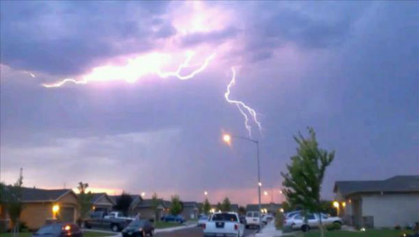 Lighting in Southeast Fresno! <span class=meta>(KFSN Photo&#47; uReport)</span>