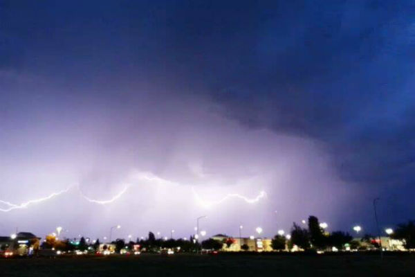 "<div class=""meta ""><span class=""caption-text "">Cool lightning pictures overlooking Herndon and Fowler (KFSN Photo/ Facebook / Brian Jennings)</span></div>"