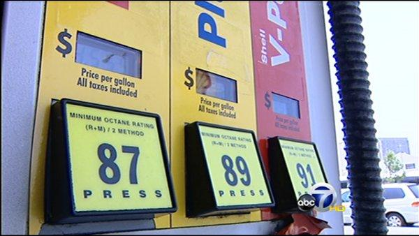 Pelosi blasts Bush over gas prices