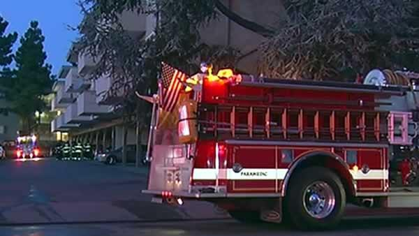 50 people displaced by San Leandro apartment fire