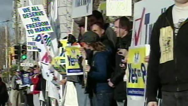 Justices hear Proposition 8 arguments