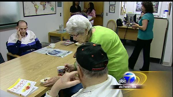 90-year-old keeps giving back at VA center
