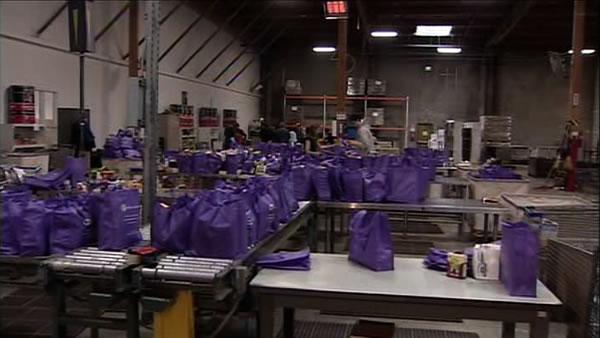 Gov. visits Bay Area in effort to feed the hungry