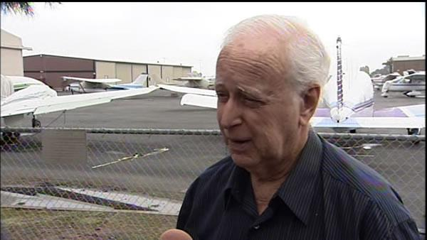RAW VIDEO: Aviation expert talks about crash