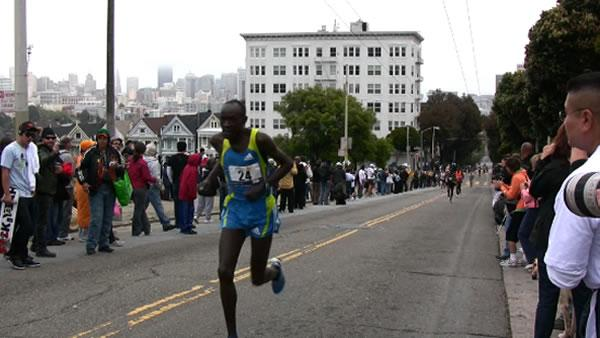 Bay to Breakers highlights: Elite men
